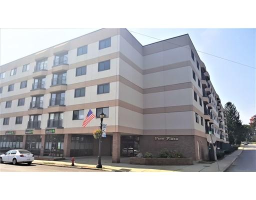 Casa Unifamiliar por un Alquiler en 68 N Washington Street North Attleboro, Massachusetts 02760 Estados Unidos