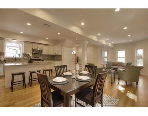 Casa Unifamiliar por un Alquiler en 159 Oak Street Newton, Massachusetts 02464 Estados Unidos