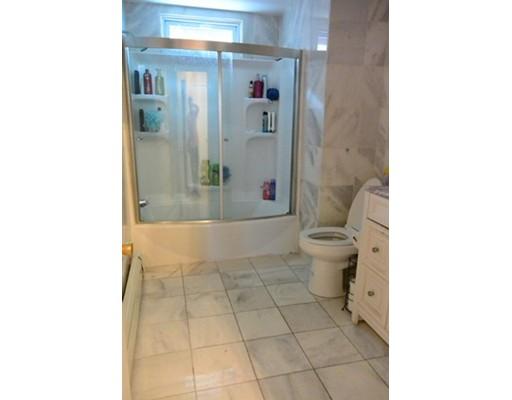 獨棟家庭住宅 為 出售 在 2 Lexington Sq 2 Lexington Sq Boston, 麻塞諸塞州 02128 美國