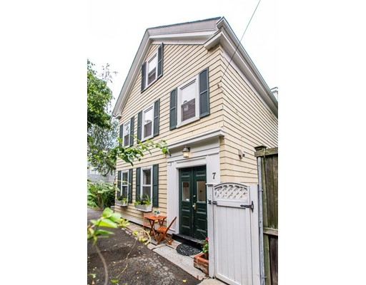 7 Concord Ave, Boston, MA 02129