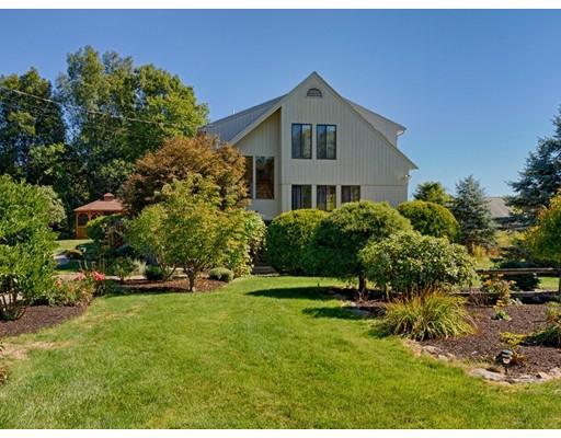 Maison unifamiliale pour l Vente à 77 Kittery Avenue 77 Kittery Avenue Rowley, Massachusetts 01969 États-Unis