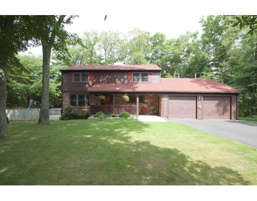 Casa Unifamiliar por un Venta en 1190 Pleasant Street Raynham, Massachusetts 02767 Estados Unidos