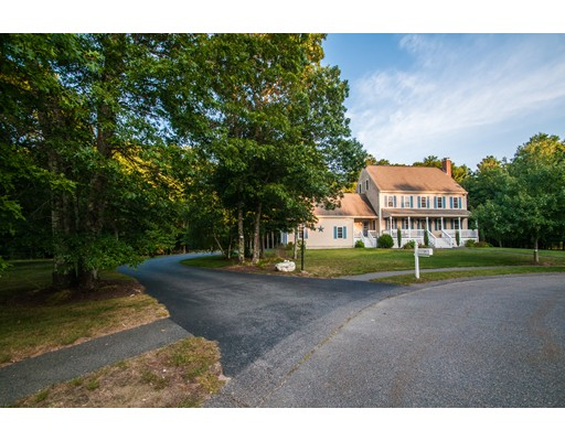 独户住宅 为 出租 在 52 Dons Way 52 Dons Way Middleboro, 马萨诸塞州 02346 美国