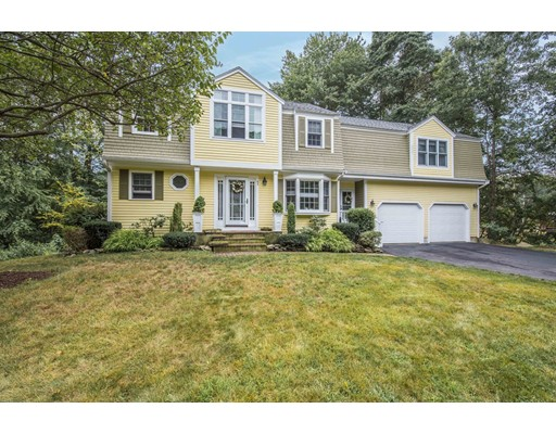 Single Family Home for Sale at 1 Nobscot Brook Lane Rockland, Massachusetts 02370 United States