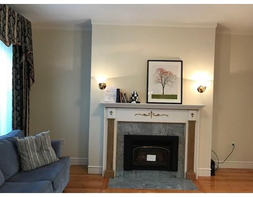Casa Unifamiliar por un Alquiler en 40 Leamington #1 40 Leamington #1 Boston, Massachusetts 02135 Estados Unidos