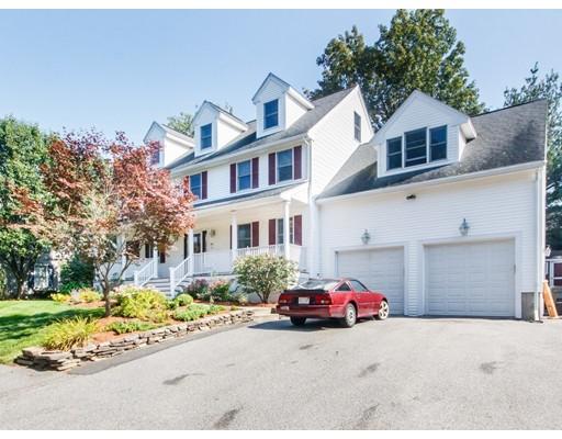 واحد منزل الأسرة للـ Sale في 1 Old Farm Road 1 Old Farm Road Woburn, Massachusetts 01801 United States