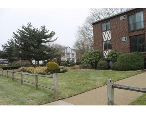 Single Family Home for Rent at 127 King Street Franklin, Massachusetts 02038 United States
