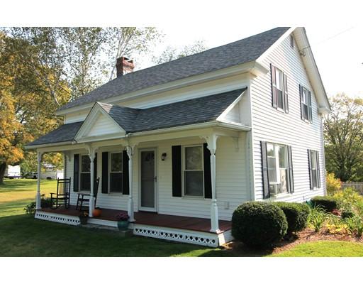 واحد منزل الأسرة للـ Sale في 8 Main Street 8 Main Street Wales, Massachusetts 01081 United States