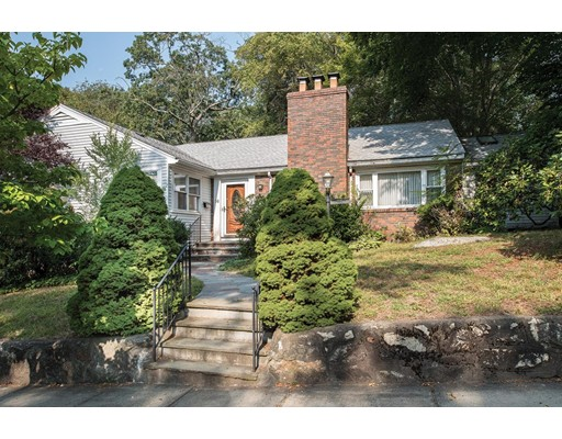 Picture 4 of 56 Intervale Rd  Brookline Ma 3 Bedroom Single Family