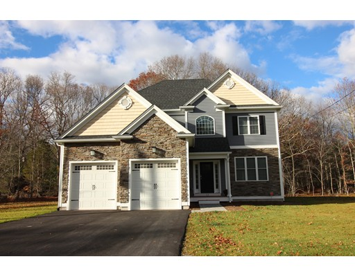 Single Family Home for Sale at 4 County Street Seekonk, Massachusetts 02771 United States