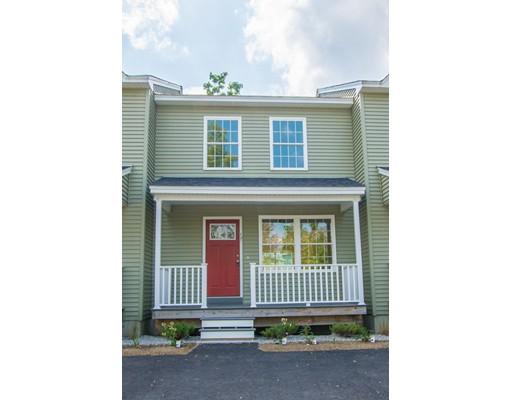 Appartement en copropriété pour l Vente à 17 Arcade Street 17 Arcade Street Northbridge, Massachusetts 01588 États-Unis