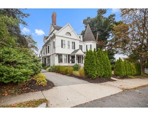 独户住宅 为 销售 在 182 Washington Street 182 Washington Street 牛顿, 马萨诸塞州 02458 美国