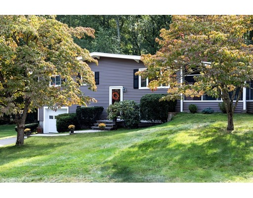Single Family Home for Sale at 17 Harris Drive Southborough, Massachusetts 01772 United States