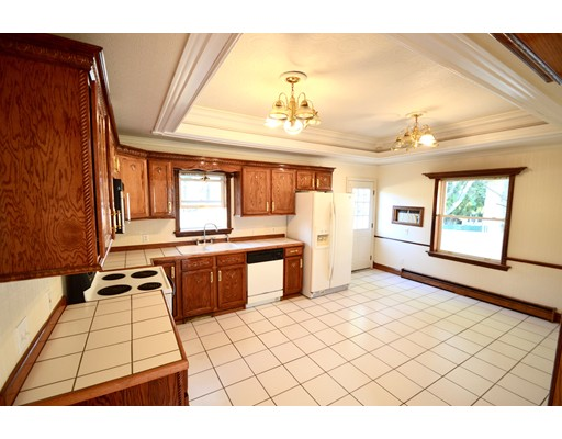 Single Family Home for Rent at 22 Berkeley Road 22 Berkeley Road Dedham, Massachusetts 02026 United States