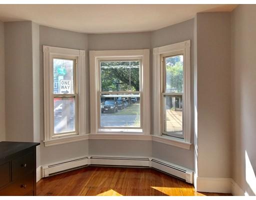 独户住宅 为 出租 在 46 Berkshire Street 坎布里奇, 马萨诸塞州 02141 美国