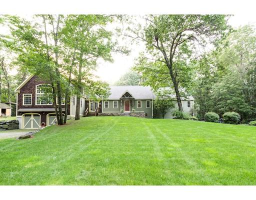 Maison unifamiliale pour l Vente à 95 Turner Road Townsend, Massachusetts 01469 États-Unis