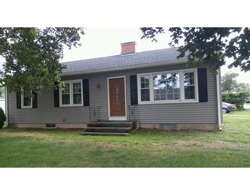 واحد منزل الأسرة للـ Sale في 671 Chapin 671 Chapin Ludlow, Massachusetts 01056 United States