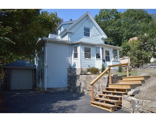 Picture 2 of 35 Nelson St  Quincy Ma 3 Bedroom Single Family