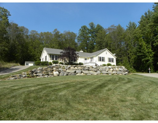 Single Family Home for Sale at 307 Dudley River Road Southbridge, Massachusetts 01550 United States