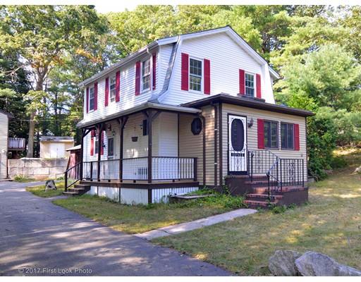 独户住宅 为 销售 在 84 Spring Street 84 Spring Street Foxboro, 马萨诸塞州 02035 美国