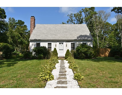 Single Family Home for Sale at 42 Pine Bluff Road Brewster, Massachusetts 02631 United States