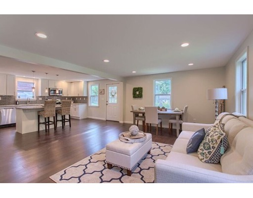 Single Family Home for Sale at 34 Beaverbrook 34 Beaverbrook Westford, Massachusetts 01886 United States