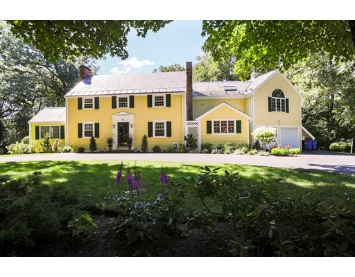Single Family Home for Sale at 60 Thackeray Road Wellesley, Massachusetts 02481 United States