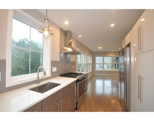 Condominio por un Venta en 52 Washington Street #A Arlington, Massachusetts 02474 Estados Unidos