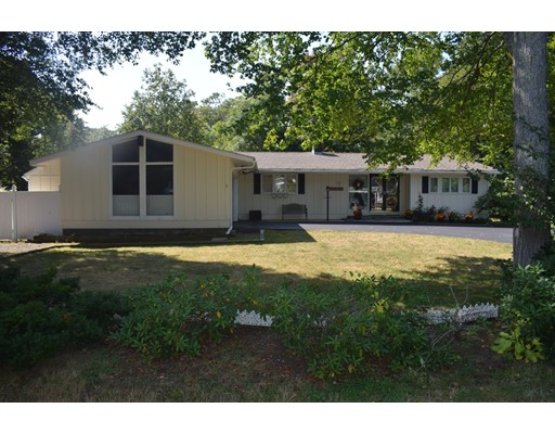 Single Family Home for Sale at 13 Old Cart Road Hamilton, Massachusetts 01982 United States