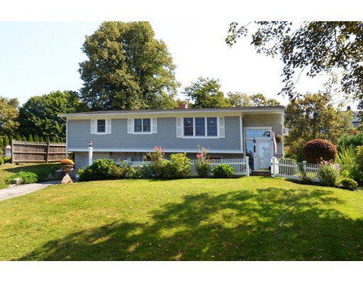 Single Family Home for Sale at 706 Jerusalem Road Cohasset, Massachusetts 02025 United States