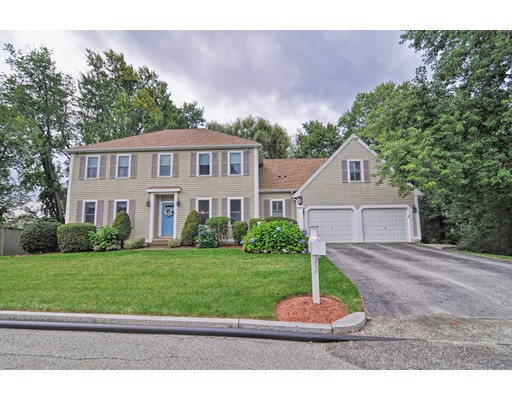 Single Family Home for Sale at 4 Nottingham Way Stoneham, Massachusetts 02180 United States