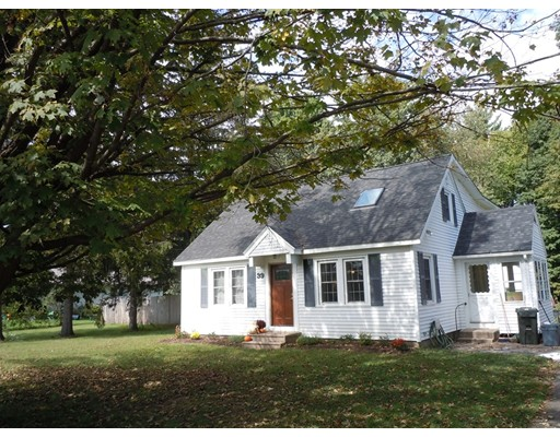 Single Family Home for Sale at 39 Loudville Road Easthampton, Massachusetts 01027 United States
