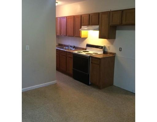 شقة للـ Rent في 199 Hampden #1 199 Hampden #1 Chicopee, Massachusetts 01013 United States