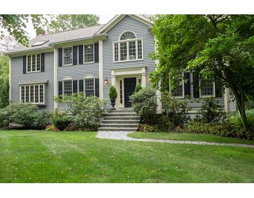 واحد منزل الأسرة للـ Sale في 80 RIDGE Street 80 RIDGE Street Millis, Massachusetts 02054 United States