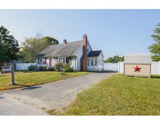 Single Family Home for Sale at 4 Wharf Drive Groveland, Massachusetts 01834 United States
