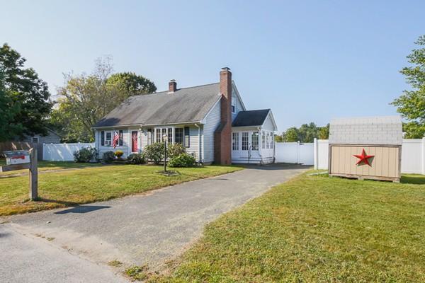 Property for sale at 4 Wharf Drive, Groveland,  Massachusetts 01834