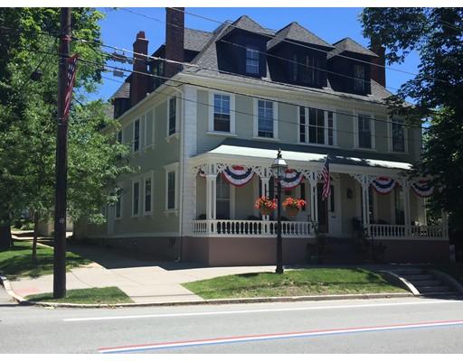 Квартира для того Аренда на 366 Hope Street #1-2 366 Hope Street #1-2 Bristol, Род-Айленд 02809 Соединенные Штаты