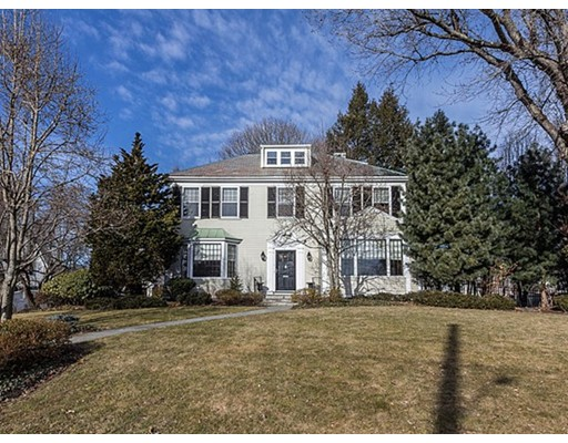 Single Family Home for Sale at 1 Everett Avenue Winchester, 01890 United States