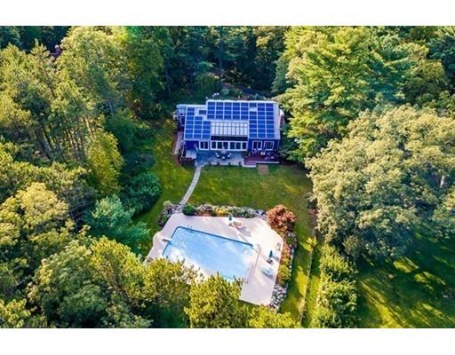 Casa Unifamiliar por un Venta en 35 Pond Street Hopkinton, Massachusetts 01748 Estados Unidos