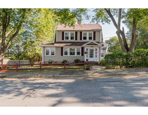 Single Family Home for Sale at 14 Edgemont Road Braintree, Massachusetts 02184 United States