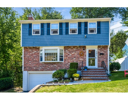 Single Family Home for Sale at 101 Greensboro Dedham, Massachusetts 02026 United States