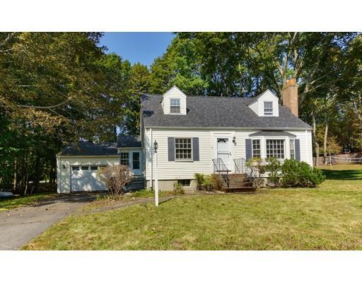 واحد منزل الأسرة للـ Sale في 15 Foster Road 15 Foster Road Bedford, Massachusetts 01730 United States