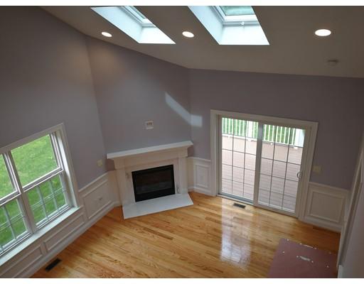 Townhouse for Rent at 18 Grey Oaks Circle #18 18 Grey Oaks Circle #18 Lexington, Massachusetts 02421 United States