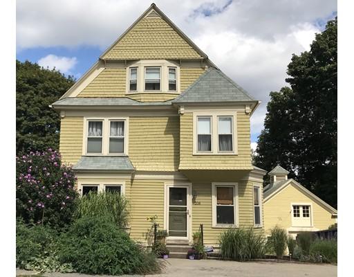 Maison unifamiliale pour l Vente à 208 MAY Street 208 MAY Street Worcester, Massachusetts 01602 États-Unis