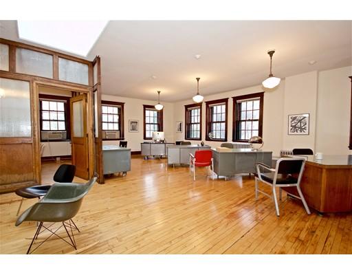 Commercial للـ Rent في 685 Centre 685 Centre Boston, Massachusetts 02130 United States
