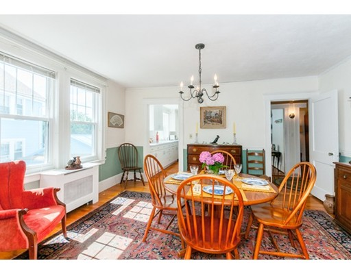 190 Holworthy Steet 190, Cambridge, MA 02138