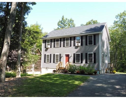 واحد منزل الأسرة للـ Sale في 106 Dunn Road Ashburnham, Massachusetts 01430 United States