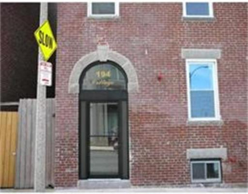 Appartement pour l à louer à 194 Cottage St #3 194 Cottage St #3 Boston, Massachusetts 02128 États-Unis
