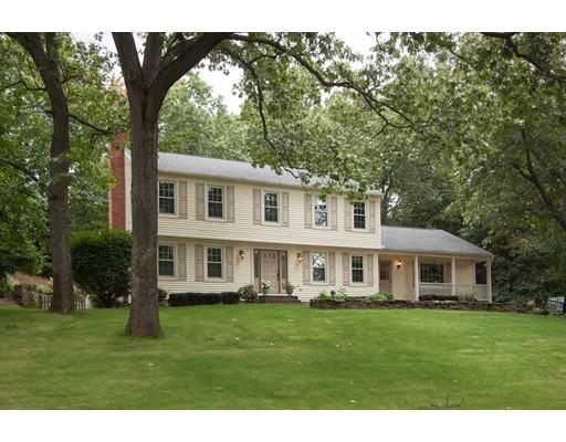 独户住宅 为 销售 在 94 Lawrence Drive 94 Lawrence Drive Longmeadow, 马萨诸塞州 01106 美国