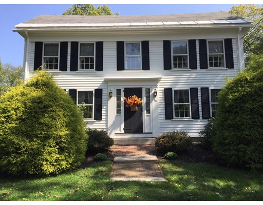 Single Family Home for Sale at 56 North Street Grafton, Massachusetts 01519 United States